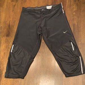 Nike Dri-Fit cropped running pants